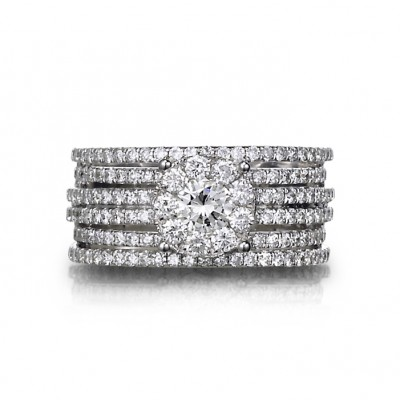 """La Reve"" Diamond Ring"
