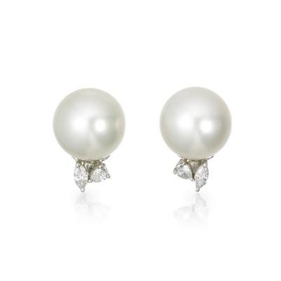 """""""Lilia"""" Pearl Earrings"""
