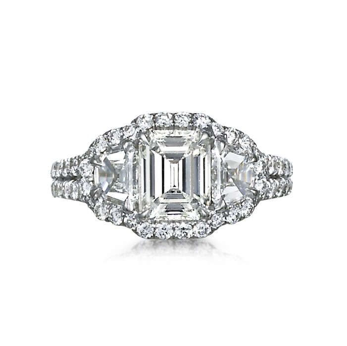 """""""Magnificence"""" Diamond Engagement Ring"""